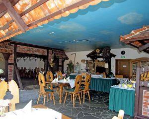 Burghof & Rittersaal